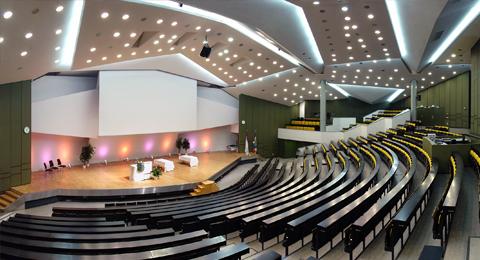 Audimax,-Frederik-Paulsen-Hörsaal,-ehemals-Hörsaal-G.-Blick-von-der-Tribüne-(Zylinderprojektion-135°-x-65°