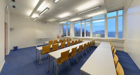 Seminarraum 209b (geteilt) Leibnizstraße 1